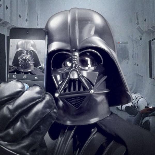 best selfies of 2013 - darth vader