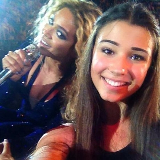 best selfies of 2013 - beyonce