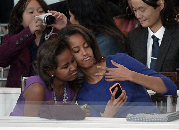 best selfies of 2013 - obama girls