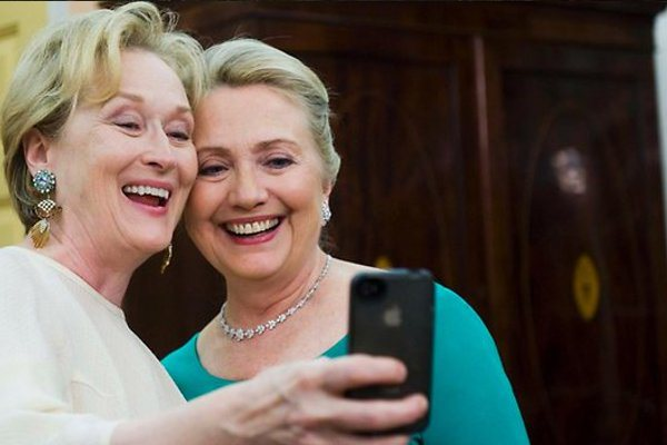 best selfies of 2013 - meryl streep and hillary clinton