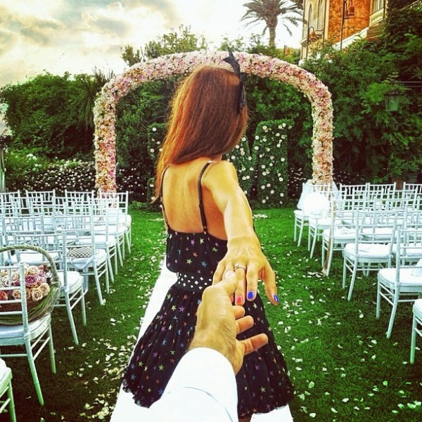 Murad Osmann and his girlfriend