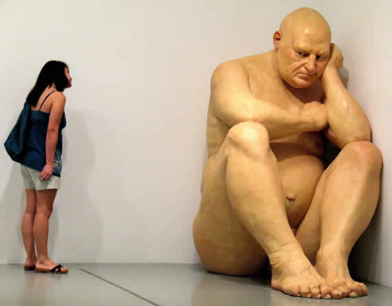 ron_mueck_big_man