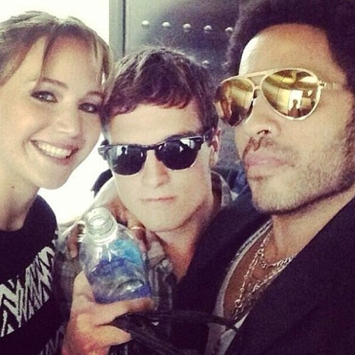 best selfies of 2013 - lenny kravitz and jenifer lawrence