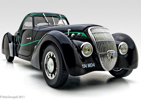 1937 Peugeot 302 Dar'lmat Coupe - cars of the 30's