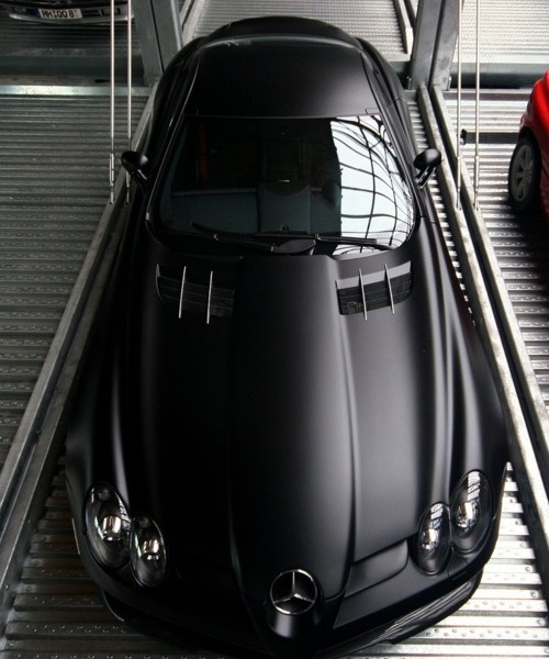 Mercedes Benz - Matte - car from the 30's