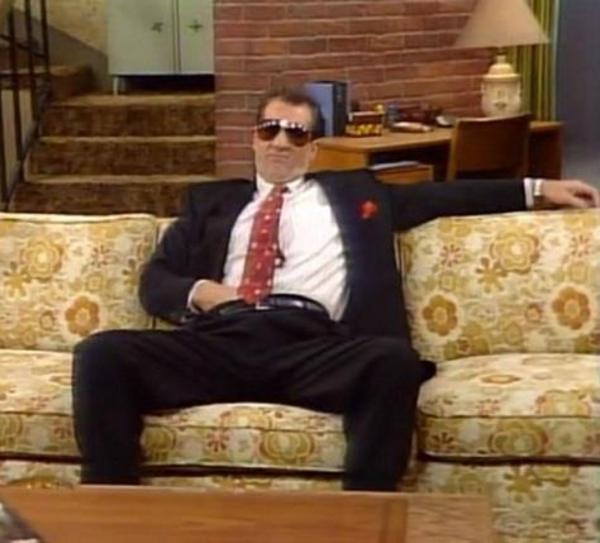 Hail To The King - Al Bundy-4793