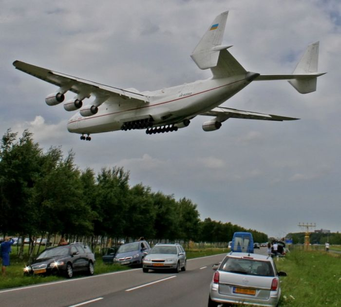 biggest plane in the world
