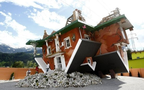upside down house 2