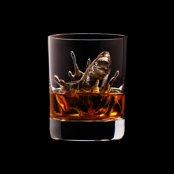 carved ice cubes4