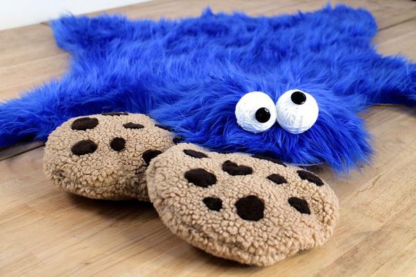 Cookie Monster eyes