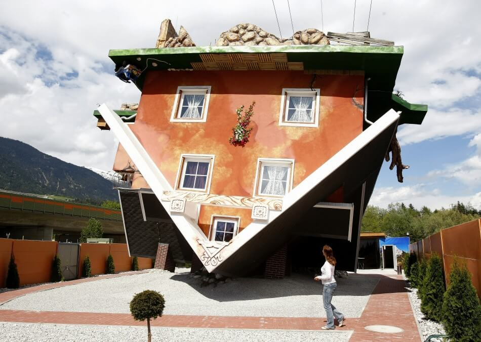 upside down house 1