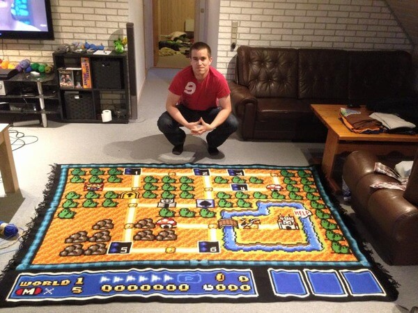 Guy Spent 6.5 Years Knitting The Most Epic Super Mario Bros Blanket Ever