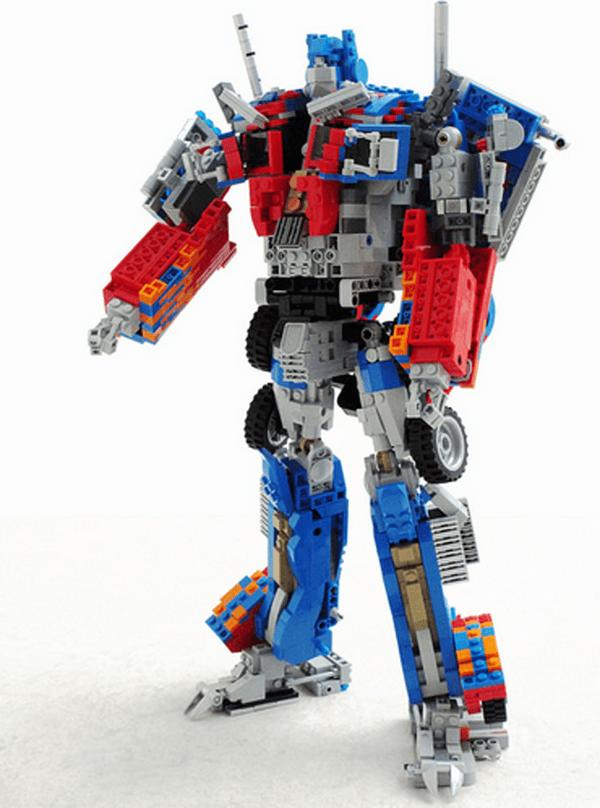 LEGO Optimus Prime 2