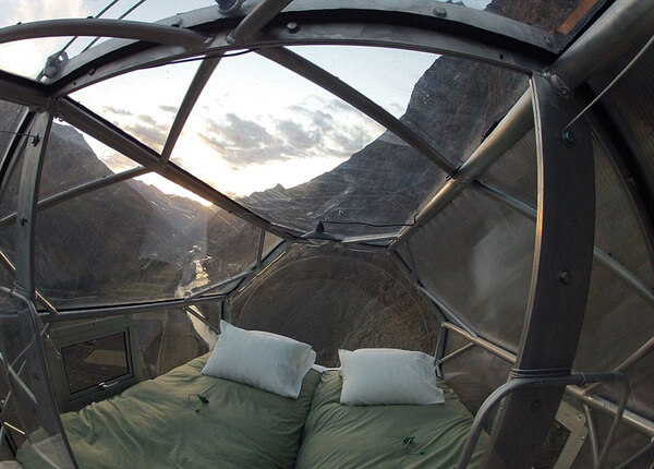 suspended pod hotel 2
