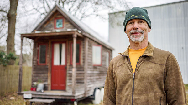 people who live in tiny houses 11