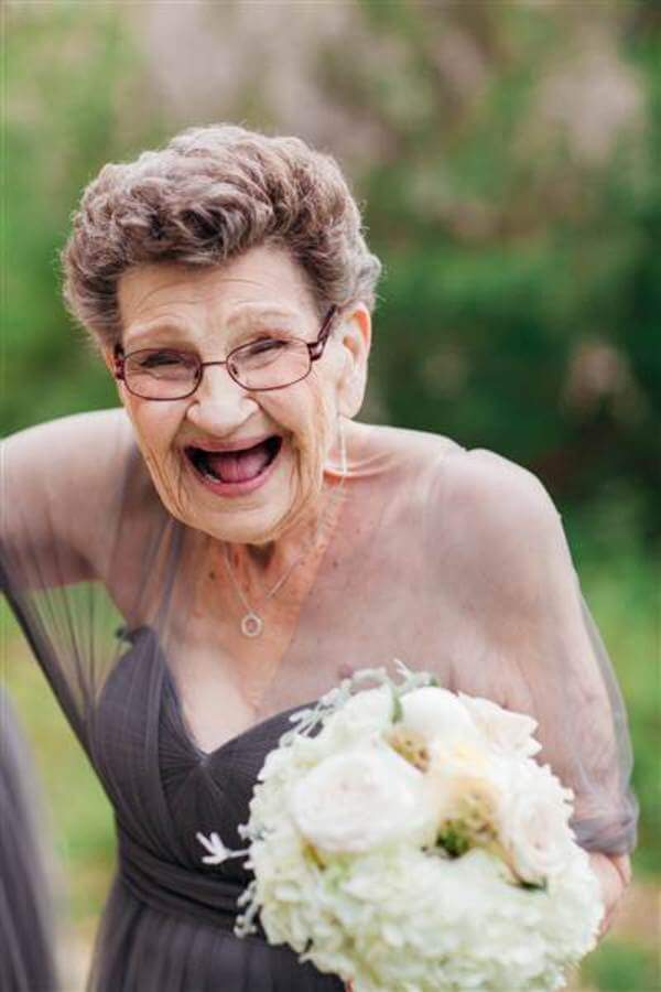 89 year old grandma steals show 3
