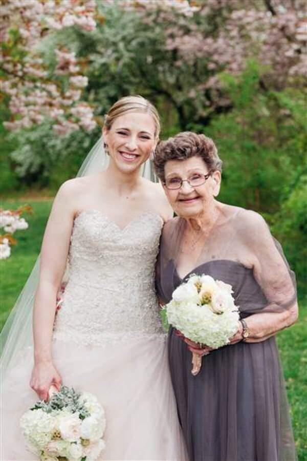 89 year old grandma steals show 1