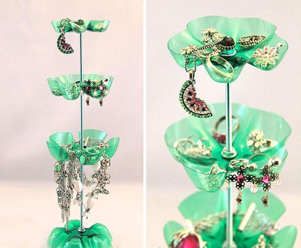 creative ways to reuse plastic bottles 16