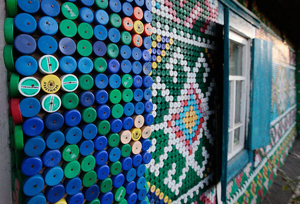 20 cool ways to reuse old plastic bottles - Can you recycle bottle caps ...