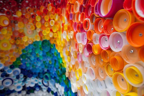 creative ways to reuse plastic bottles 9