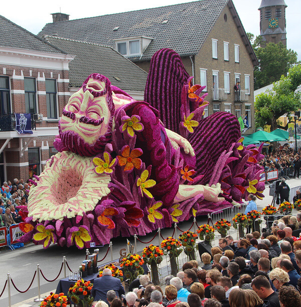 world's largest flower parade 14