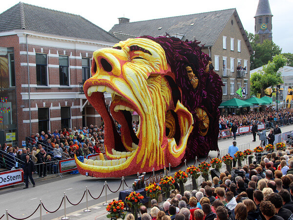 world's largest flower parade 17