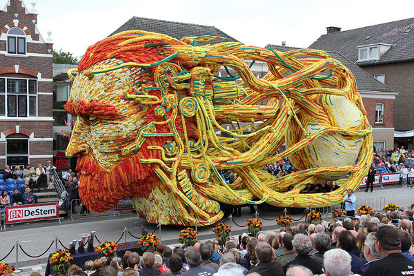 world's largest flower parade 13