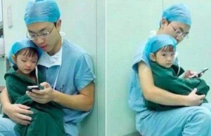 Surgeon Comforts A Little Girl Right Before Her Heart Surgery 1
