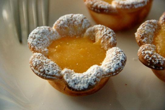 flower shaped mini lemon tarts recipe 5