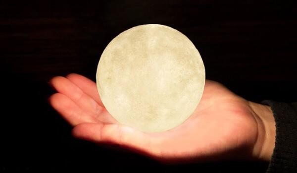 luna lamp 11