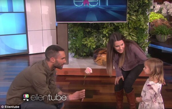 adam levine meets girl who wants to marry him 5