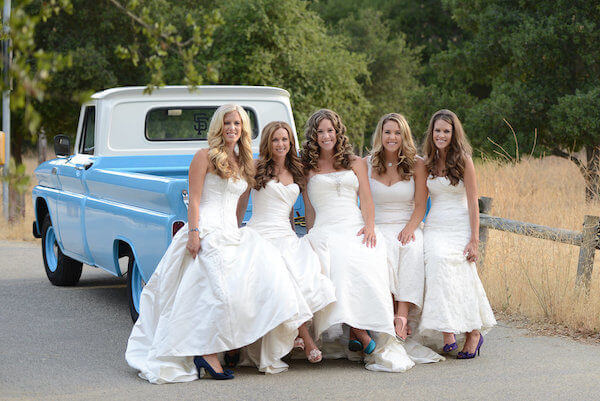 five sisters thanks parents for paying for weddings 9