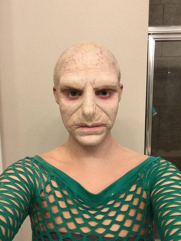 See How An Ordinary Girl Turns Into Voldemort For Halloween