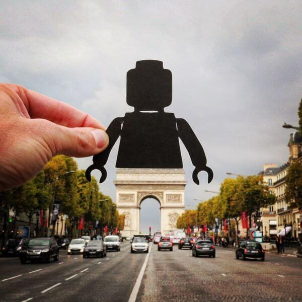 transforms landmarks to paper cuts 3