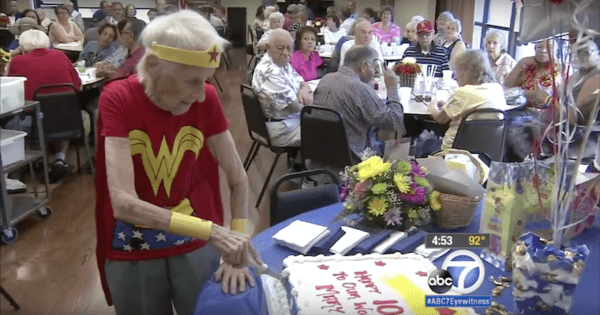 103-Year-Old Volunteer Celebrates Her Birthday By Wearing  a Wonder Woman Costume