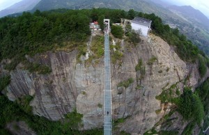 glass bridge in china 6