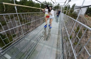 glass bridge in china 8