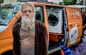 Orange Sky Laundry offers free washing service 1