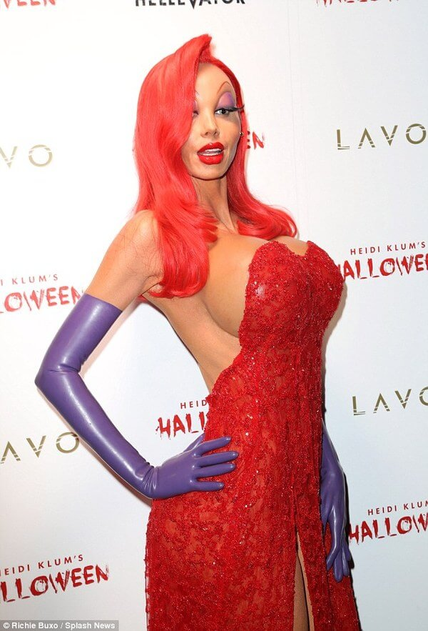 Heidi Klum halloween costume 3