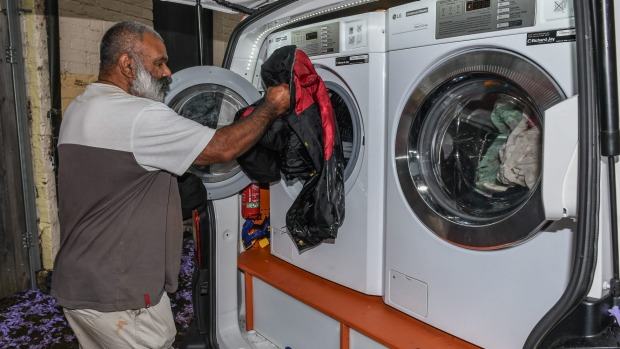 Orange Sky Provides Free Laundry Service