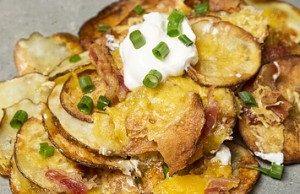 heres-how-to-make-baked-potato-nachos-2-23629-1446508424-2_big
