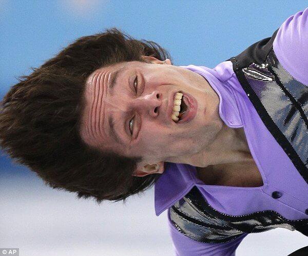 hilraious athlete faces 11
