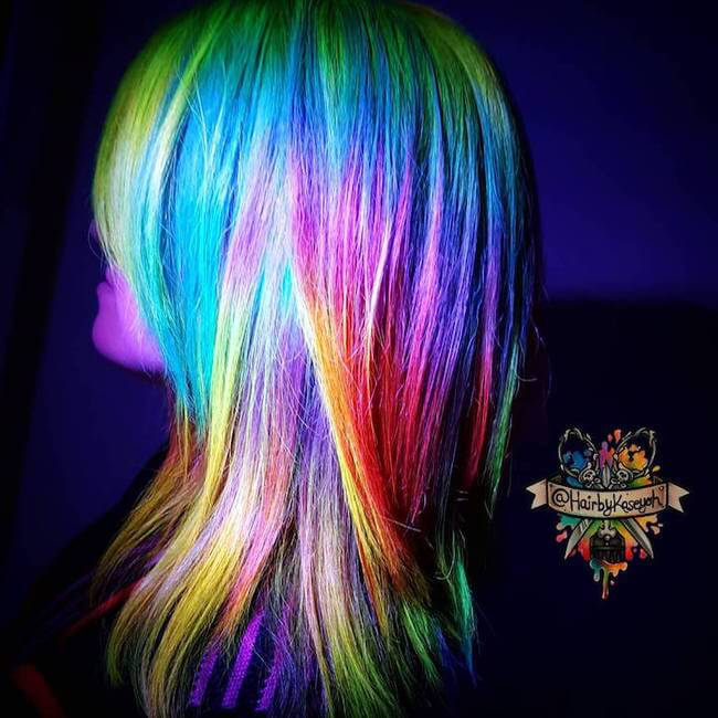 glow in the dark hair 5