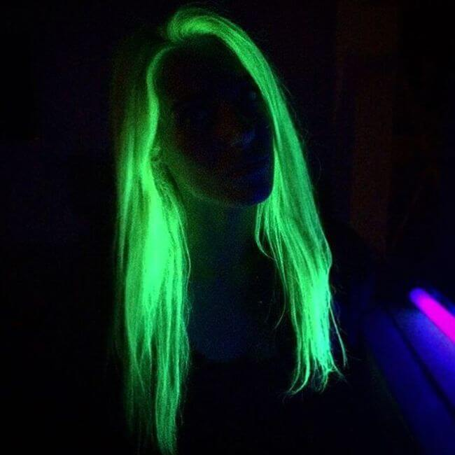 glows in the dark hair 8