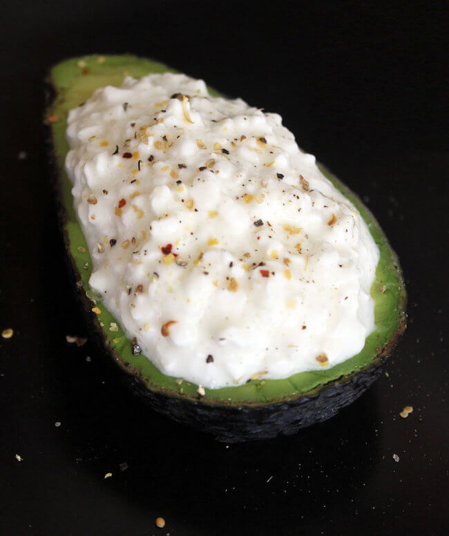 foto 11 Avocado Toast Recipes That Fill You Up For Less Than 350 Calories