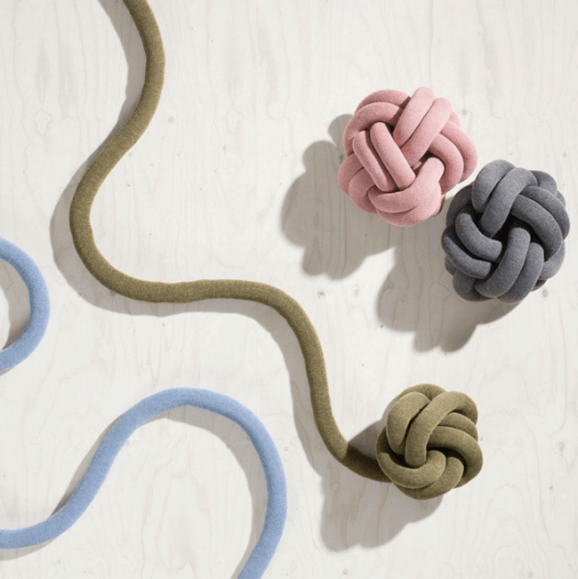 knot cushions 10