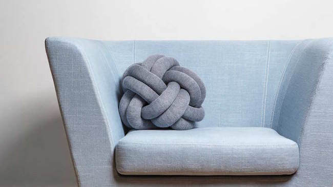 knot cushions 6