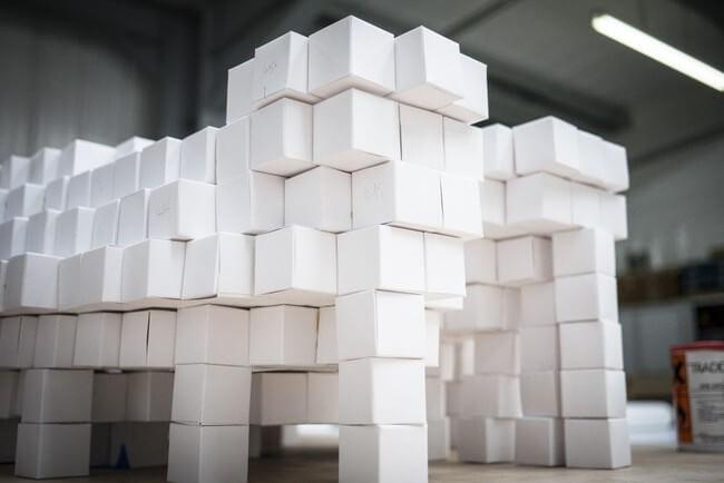35,000 Handmade Paper Cubes 7