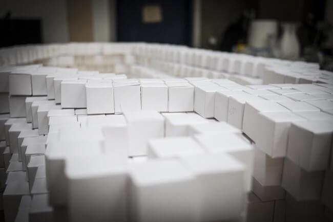 35,000 Paper Cubes 8