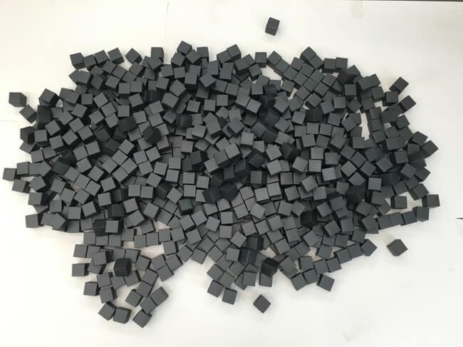 35,000 Handmade Paper Cubes 10